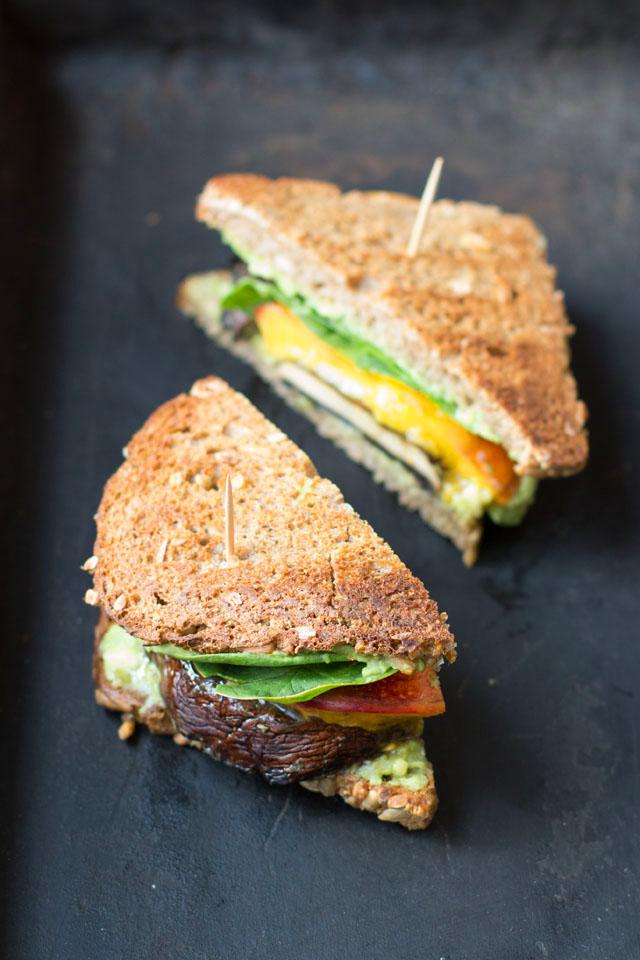 Veganer und alltagsfreundlicher Portobellosandwich
