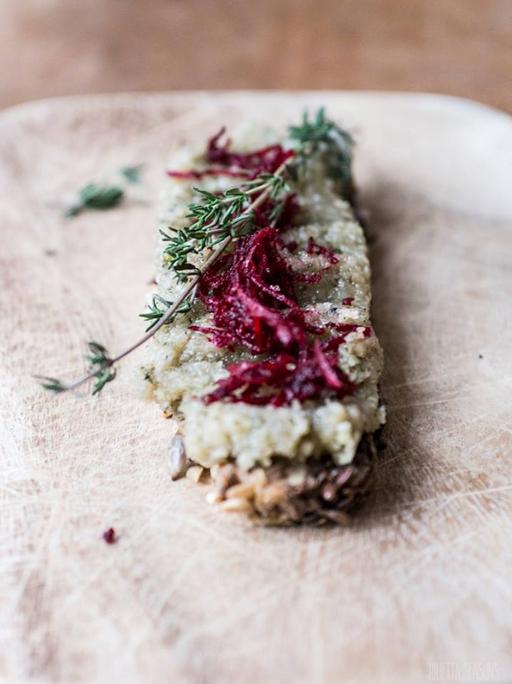 Ein (life changing) Brot und 6 gesunde Aufstriche - 3 Kochlöffel und eine Hand voll Stullen, Carrots for Claire