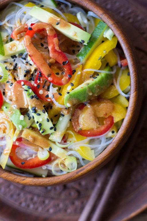 Rohe super schnelle Soße für Asia Nudeln